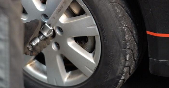 VW GOLF 1.9 TDI Zawieszenie wymiana: przewodniki online i samouczki wideo