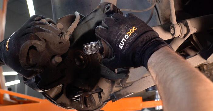 VW GOLF 2003 Stötdämpare utbytesmanual att följa steg för steg