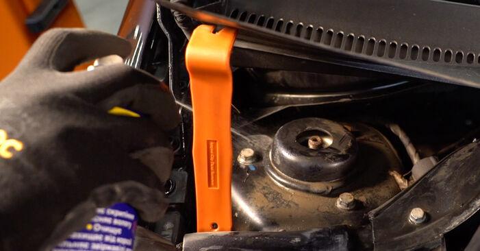 Så tar du bort VW GOLF 2.0 TDI 16V 2007 Stötdämpare – instruktioner som är enkla att följa online