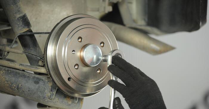Modifica Cilindro Freno Ruota su FIAT PUNTO (188) 1.9 JTD 80 2002 da solo