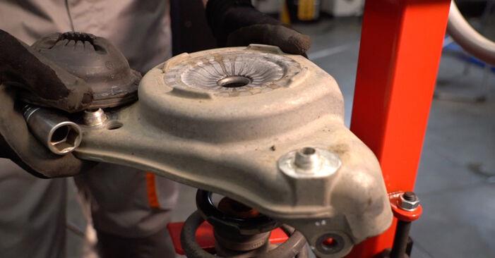 Audi A6 4f2 2.0 TDI 2006 Amortizatorius keitimas: nemokamos remonto instrukcijos