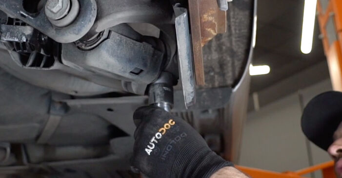 Stufenweiser Leitfaden zum Teilewechsel in Eigenregie von Audi A6 C6 2009 2.0 TFSI Koppelstange
