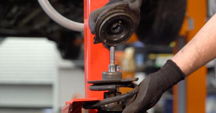 Federn beim FIAT PUNTO 1.8 130 HGT 2006 selber erneuern - DIY-Manual