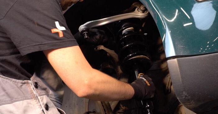 Wechseln Stoßdämpfer am VW PASSAT Variant (3B6) 2.0 2003 selber