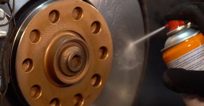 VW PASSAT 1.8 T 20V Stoßdämpfer ausbauen: Anweisungen und Video-Tutorials online