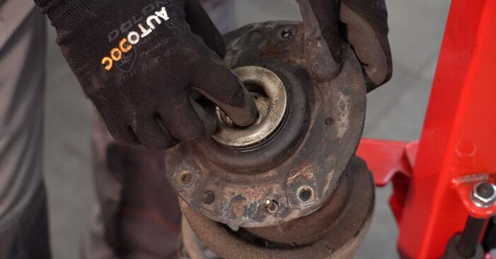 La sostituzione di Molla Ammortizzatore su Peugeot 206 cc 2d 2008 non sarà un problema se segui questa guida illustrata passo-passo