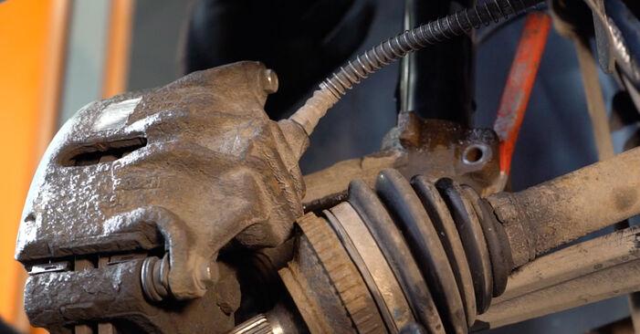 Quanto è difficile il fai da te: sostituzione Molla Ammortizzatore su Peugeot 206 cc 2d 1.6 HDi 110 2006 - scarica la guida illustrata