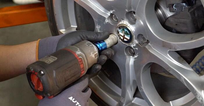 Stoßdämpfer beim ALFA ROMEO 147 1.9 JTDM (937.AXD1A, 937.AXV1A, 937.BXB1A) 2007 selber erneuern - DIY-Manual