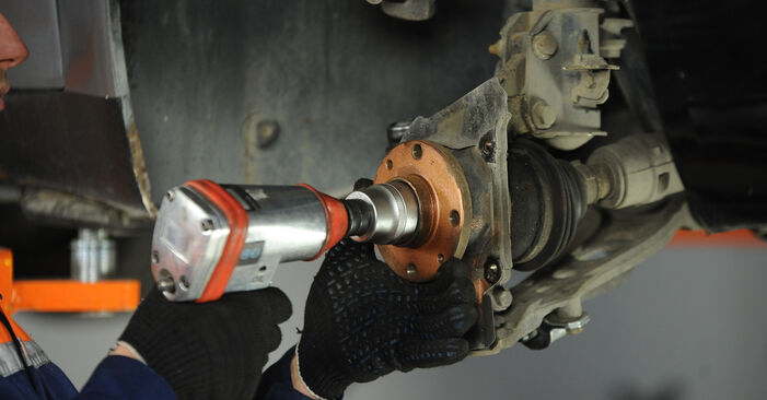 Radlager Ihres Fiat Punto 188 1.9 DS 60 2007 selbst Wechsel - Gratis Tutorial