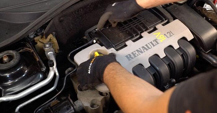 CLIO II (BB0/1/2_, CB0/1/2_) 1.4 2009 Запалителна свещ наръчник за самостоятелна смяна от производителя