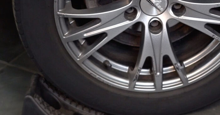 Wie Stoßdämpfer Audi A4 B6 Avant 1.9 TDI 2001 tauschen - Kostenlose PDF- und Videoanleitungen