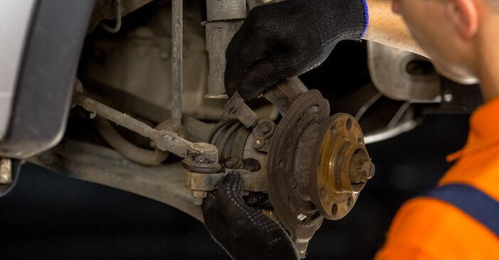 Austauschen Anleitung Radlager am Opel Corsa C 2000 1.2 (F08, F68) selbst