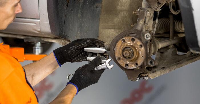 Schritt-für-Schritt-Anleitung zum selbstständigen Wechsel von Opel Corsa C 2003 1.7 DTI (F08, F68) Radlager