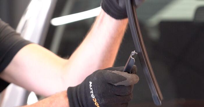 Opel Zafira B 1.8 (M75) 2007 Scheibenwischer wechseln: Kostenfreie Reparaturwegleitungen