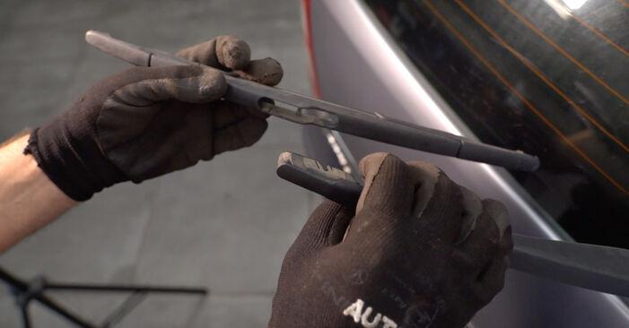 Scheibenwischer Opel Zafira B 1.7 CDTI (M75) 2007 wechseln: Kostenlose Reparaturhandbücher
