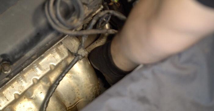 OPEL ZAFIRA 2012 Маслен филтър стъпка по стъпка наръчник за смяна