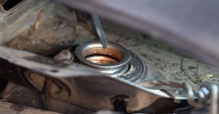 Wie schwer ist es, selbst zu reparieren: Stoßdämpfer Opel Zafira B 1.9 CDTI (M75) 2011 Tausch - Downloaden Sie sich illustrierte Anleitungen