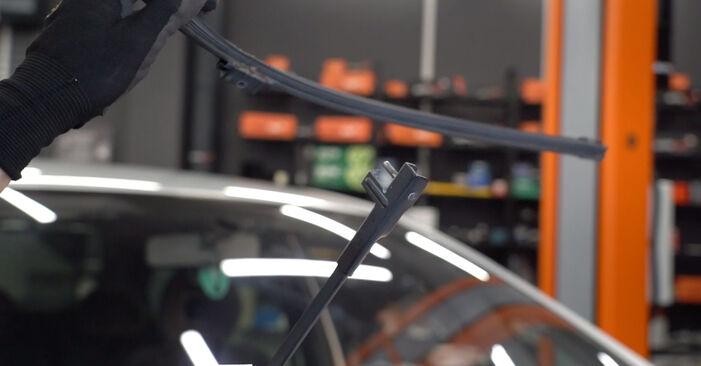 Wie man CITROËN XSARA PICASSO (N68) 2.0 HDi 2000 Scheibenwischer austauscht - Schrittweise Handbücher und Videowegleitungen