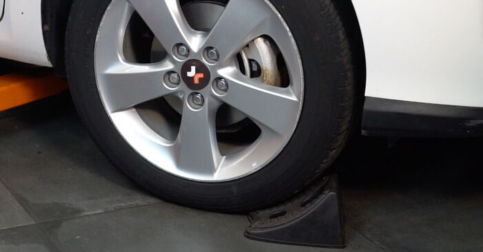 Stoßdämpfer Ihres Toyota Auris e15 1.4 D-4D (NDE150_) 2007 selbst Wechsel - Gratis Tutorial