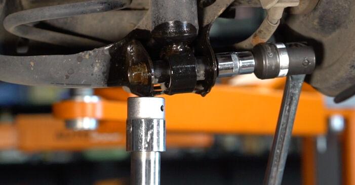 Vanskelighetsgrad: Bytte av Støtdemper på Toyota Auris e15 1.33 Dual-VVTi (NRE150_) 2012 – last ned illustrert veiledning