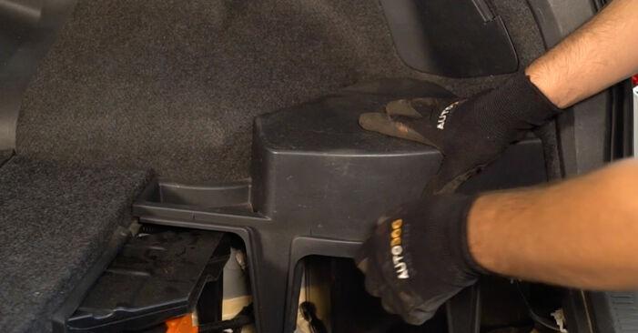 Bytte Toyota Auris e15 2.0 D-4D (ADE150_) 2008 Støtdemper: gratis verkstedsveiledning