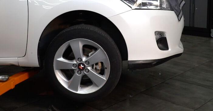 Koppelstange Toyota Auris e15 1.6 (ZRE151_) 2008 wechseln: Kostenlose Reparaturhandbücher