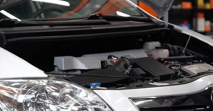 Hvordan skifte Luftfilter på Toyota Auris e15 2006 – gratis PDF- og videoveiledninger