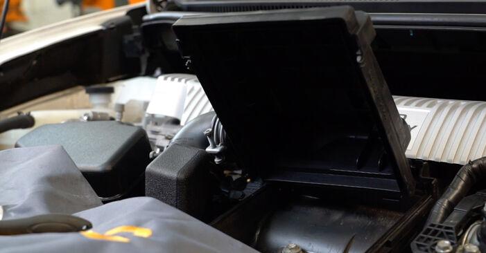 Tidsforbruk: Bytte av Luftfilter på Toyota Auris e15 2007 – informativ PDF-veiledning
