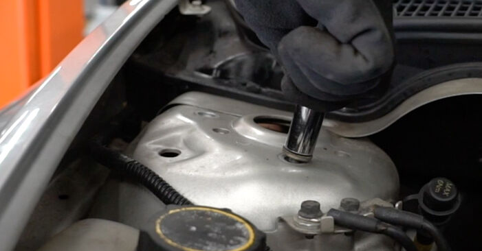 How to change Shock Absorber on VOLVO V50 (545) 2005 - tips and tricks