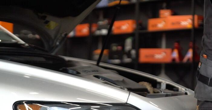 Wie Luftfilter Volvo V50 Kombi 2.0 D 2003 tauschen - Kostenlose PDF- und Videoanleitungen