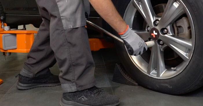 Wie schwer ist es, selbst zu reparieren: Stoßdämpfer Lexus RX XU30 330 (MCU38_) 2003 Tausch - Downloaden Sie sich illustrierte Anleitungen