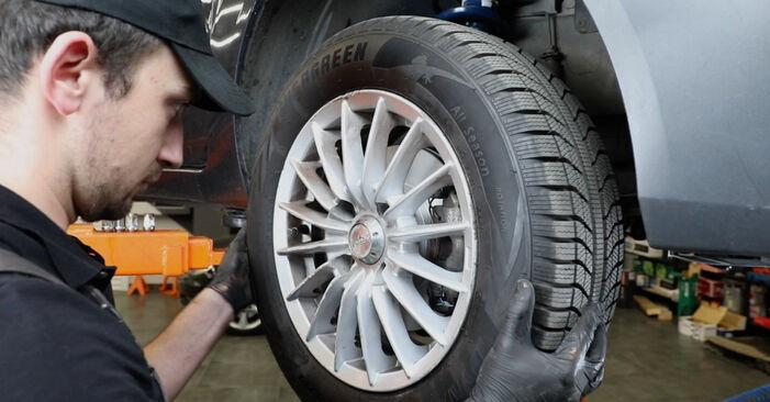Hvordan skifte Stabilisatorstag på FORD Fiesta Mk5 Hatchback (JH1, JD1, JH3, JD3) 2006: Last ned PDF- og videoveiledninger