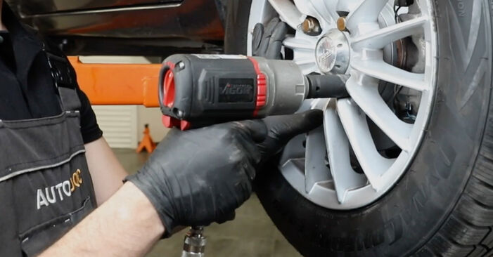 Vanskelighetsgrad: Bytte av Stabilisatorstag på Ford Fiesta Mk5 1.6 16V 2007 – last ned illustrert veiledning