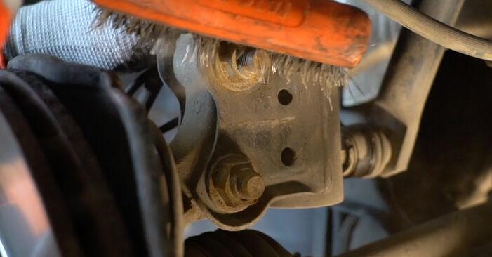 Schritt-für-Schritt-Anleitung zum selbstständigen Wechsel von Mercedes W245 2011 B 150 1.5 (245.231) Stoßdämpfer