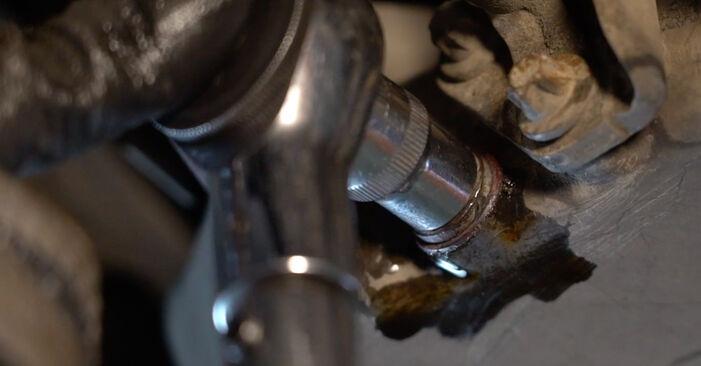 Come rimuovere MERCEDES-BENZ B-CLASS B 150 1.5 (245.231) 2009 Filtro Olio - istruzioni online facili da seguire