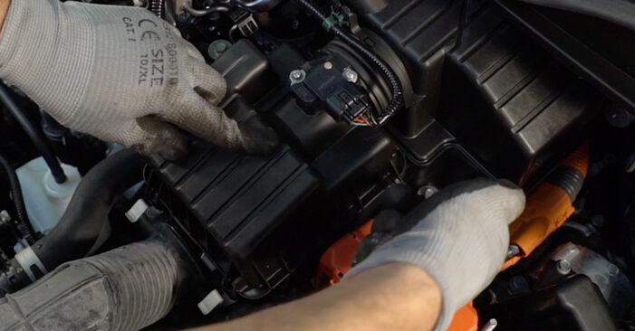 HONDA INSIGHT 1.3 Hybrid (ZE28, ZE2) Luftfilter ausbauen: Anweisungen und Video-Tutorials online