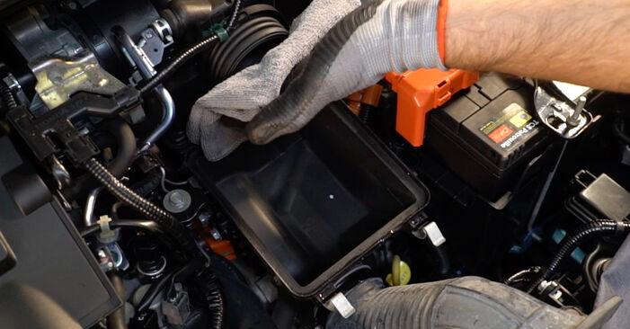 Luftfilter am HONDA INSIGHT (ZE_) 1.5 Hybrid (ZE3) 2014 wechseln – Laden Sie sich PDF-Handbücher und Videoanleitungen herunter