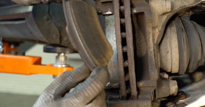 Passat Variant (3C5) 2.0 TDI 4motion 2009 2.0 TDI 16V Bremsbeläge - Handbuch zum Wechsel und der Reparatur eigenständig