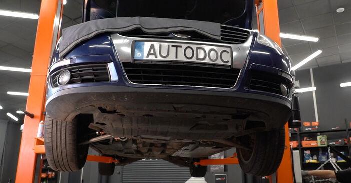 VW PASSAT 2.0 TDI 16V Bremsbeläge ausbauen: Anweisungen und Video-Tutorials online