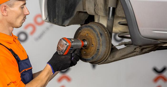 Bremsbacken am OPEL Corsa C Schrägheck (X01) 1.4 (F08, F68) 2005 wechseln – Laden Sie sich PDF-Handbücher und Videoanleitungen herunter