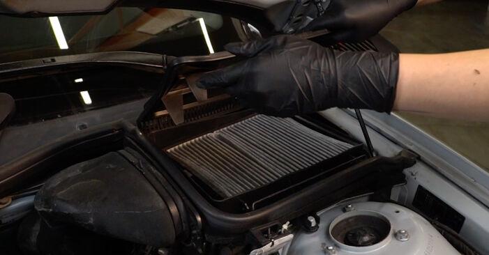 BMW 5 SERIES 2002 Oro filtras, keleivio vieta išsami keitimo instrukcija