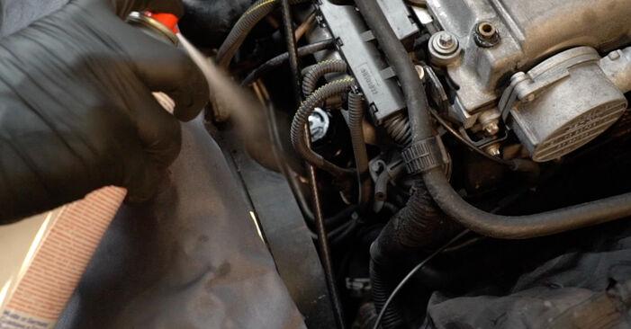 Wie lange braucht der Teilewechsel: Ölfilter am Opel Zafira A 2000 - Einlässliche PDF-Wegleitung