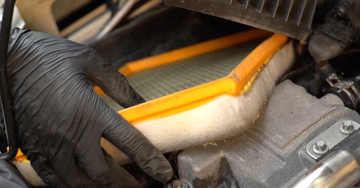 Wie man OPEL ZAFIRA 2.2 16V (F75) 2003 Luftfilter wechselt – Leicht verständliche Wegleitungen online