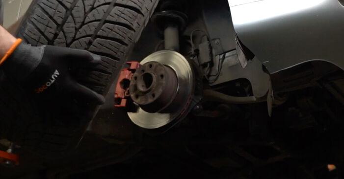 Comment retirer BMW 5 SERIES 525tds 2.5 1999 Biellette De Barre Stabilisatrice - instructions en ligne faciles à suivre