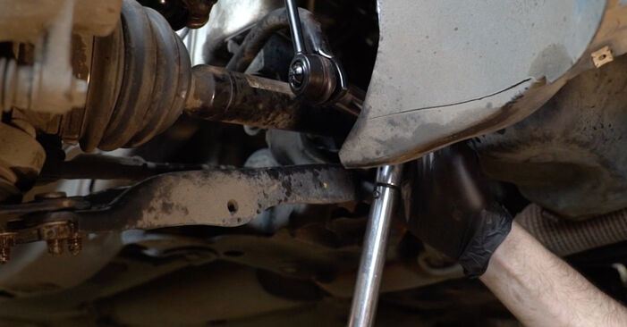 How to change Anti Roll Bar Links on VW Polo Saloon (602, 604, 612, 614) 2021 - tips and tricks