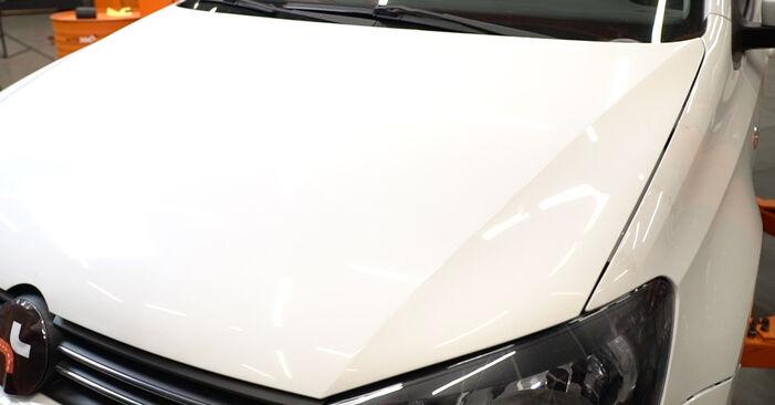 VW POLO 1.2 TDI Ölfilter ausbauen: Anweisungen und Video-Tutorials online