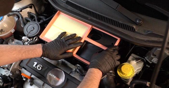 VW POLO 1.4 Luftfilter austauschen: Tutorials und Video-Anweisungen online