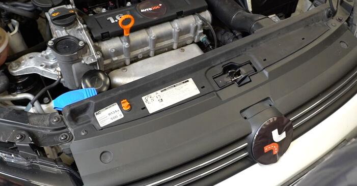 Stufenweiser Leitfaden zum Teilewechsel in Eigenregie von VW Polo 5 Limousine 2009 1.6 Luftfilter