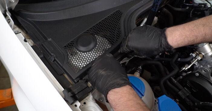 Самостоятелна смяна на AUDI A3 Sportback (8PA) 2.0 TDI 2008 Амортисьор - онлайн урок