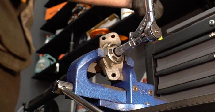 Wie schwer ist es, selbst zu reparieren: Stoßdämpfer Audi A3 8P 1.4 TFSI 2010 Tausch - Downloaden Sie sich illustrierte Anleitungen